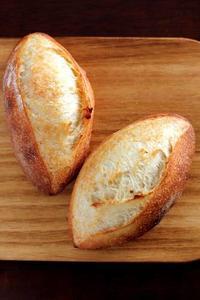 ホップ種のぷちパンを食べていただく - Takacoco Kitchen