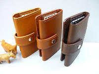 キーホルダー + 2つ機能 - 手縫い革小物 paddy の作品箱