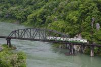 キハ40系 只見川第4橋梁 - レイルウェイの毎日