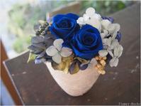 リピーター続出中!夏の花贈りに人気なプリザーブドフラワー - ルーシュの花仕事