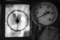 沈黙のメーター群 - Film&Gasoline
