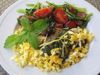 鰤のグリル サルサ・ヴェルデ&小松菜とチョリソーのガーリック炒め - やせっぽちソプラノのキッチン2