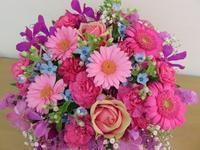 今日から6月 - 大阪府茨木市の花屋フラワーショップ花ごころ yomeのブロブ
