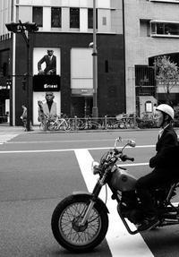 東京物語(その3:有楽町の表通りと裏通り) - 写真の散歩道