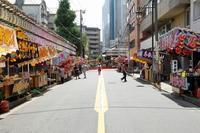 祭りの朝、天神さまの境内は静かでした(文京区、湯島天神) - 旅プラスの日記