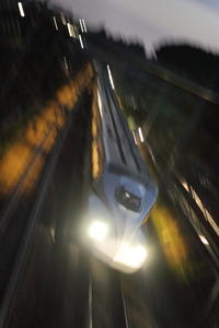 夜遊び隊が行く③ - 新幹線の写真