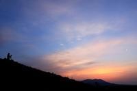 大観峰の夜明け。 - 青い海と空を追いかけて。