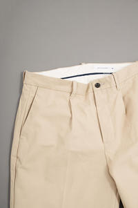 STILL BY HAND  Cotton Canvas 1-Tuck Tapered Pants - un.regard.moderne