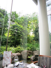 開放的で気持ち良い空間でいただくランチブッフェ:ウエスティン大阪 アマデウス - あれも食べたい、これも食べたい!EX
