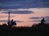 目で楽しむ6月初めの夕焼け。。 - 一場の写真 / 足立区リフォーム館・頑張る会社ブログ