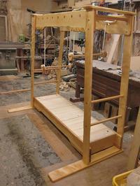 うんていUタイプW1800×H1600×D1000 ブランコ式ぶら下がり練習棒2本 - MAGINU STYLE by Art Furniture Gallery