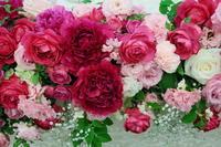 新郎新婦様からのメール 芍薬とバラの5月の装花 ホテルニューオータニ様へ - 一会 ウエディングの花