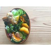 骨付き鶏肉塩胡椒焼きBENTO - Feeling Cuisine.com