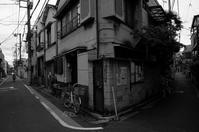 東京 2017 05 B&W #45 - Yoshi-A の写真の楽しみ
