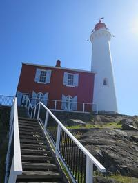 ヴィクトリアひとり旅☆(その2)Fort Rodd Hill and Fisgard Lighthouse - よく飲むオバチャン☆本日のメニュー
