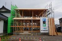 ゼロ・エネルギー住宅「FPの家」建込工事④ - エコで快適な『FPの家』いかがですか!