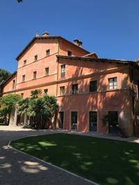 ローマ出発前日に泊まりたい、QC Terme - ロビンと一緒にお茶しましょ♪