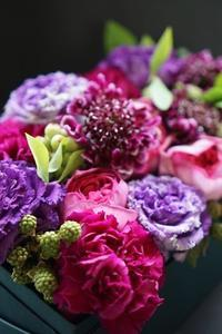 おかげさまでのボックスフラワーデー - お花に囲まれて