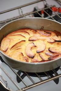 きっとフランスのママンの味。りんごのヨーグルト・アーモンド・フラン。 - SWEETSライフ…青い森の国から