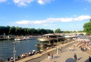 フロウ・パリ ー エッフェル塔を眺めつつ、セーヌ川のボートでカクテル!  - keiko's paris journal <パリ通信 - KLS>