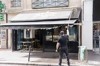 水漏れ騒動で「はじめまして」 - パリときどきバブー  from Paris France