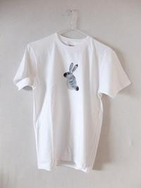 「ウサギのようなもの」Tシャツ - RT ART