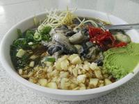 (嘉義:牡蠣)色々な食材を混ざった絶妙なソースで食べる生ガキ。東石の「和玉海産店」さんにて。 - メイフェの幸せいっぱい~美味しいいっぱい~♪