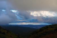 我が絶景♪ 高ボッチ高原にて:諏訪湖と霧と月・・・ - 『私のデジタル写真眼』