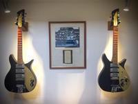 """1958 rickenbacker 325  'the origin' - 飽商909の""""ナローな""""時計部屋"""