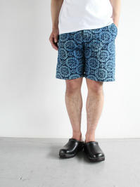 SLOW HANDS Vegi dye flower pt Sashico Shorts - Indigo - 『Bumpkins putting on airs』