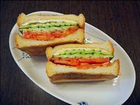 ヘルシー野菜トーストサンド - 人形町からごちそうさま