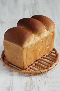 生イーストで食パン!生イーストってスゴい - Takacoco Kitchen