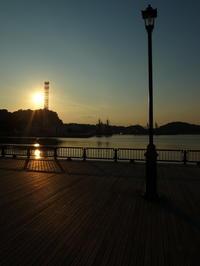 軍港の夕暮れ - 心のカメラ / more tomorrow than today ...