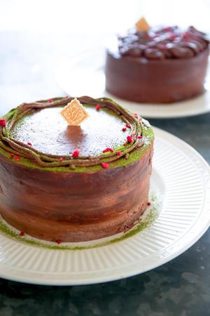 ふんわりチョコレートケーキ  濃厚チョコレートケーキ - のんびりのびのび