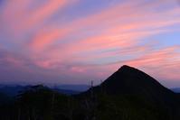 孔雀岳で変わりゆく光景を眺める  釈迦ヶ岳~孔雀岳 - 峰さんの山あるき