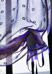 フジエテキスタイルのフラットバルーンサイドドロップ オーガンジーリボンフレーム - マルタスタッフのブログ
