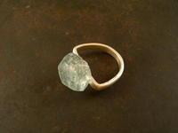 アクアマリン リング - 石と銀の装身具