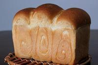 生イーストの食パンに、きなこのジャム - Takacoco Kitchen