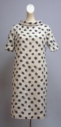 木綿の滲んだ水玉ロールカラーのワンピース - 私のドレスメイキング
