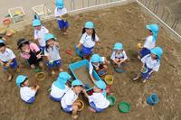 砂場遊び(れんげ) - 慶応幼稚園ブログ【未来の子どもたちへ ~Dream Can Do!Reality Can Do!!~】