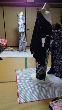 ひまわり着付けの会の生徒さんは楽しんでレッスンしております。 - 佐賀県鳥栖市 向日葵和装☆着付け教室☆ 出張着付