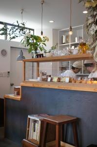たべものと日用品wao @金町 - パンとアイシングクッキー、マシュマロフォンダントの教室 launa