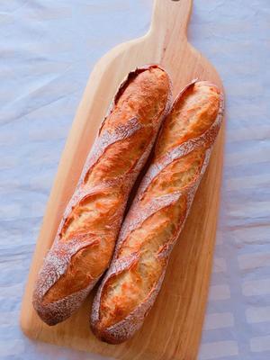 石窯ドームでバゲット - ママはパン屋さん?!