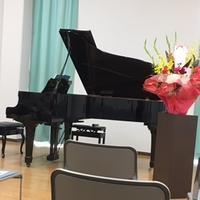 ピアノコンサートとドキュメンタリー番組。 - とりとめのない日々~花と言葉と犬たちと