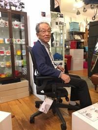 Gentleman K氏のClassic Aeron Chairsという選択♪ - GLASS ONION'S BLOG
