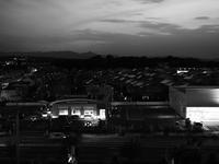 薄暮の街 - 節操のない写真館