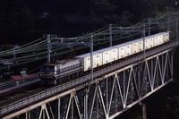 国鉄が貨物や荷物を運んでいた時代 - 1983年・東海道線 - - ねこの撮った汽車