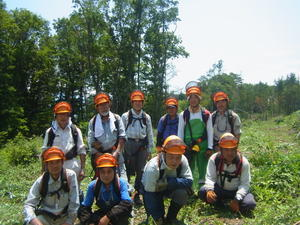 暑い日の作業 - 自然とオオムラサキに親しむ会通信 里山再生