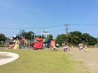 公園でひと遊び - 笠間市 ともべ幼稚園 ひろばの裏庭<笠間市(旧友部町)>