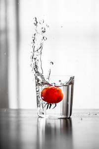 トマト1号収穫っ♪ - Omoブログ